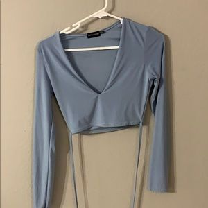 Prettylittlething Long sleeve crop top with ties
